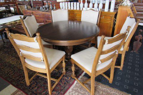 Jídelní stůl + 6 židlí – rozkládací č.5936