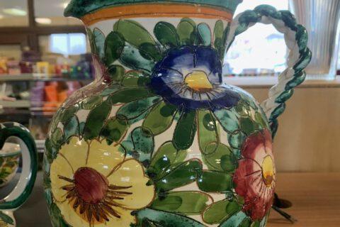 Malovaný džbán