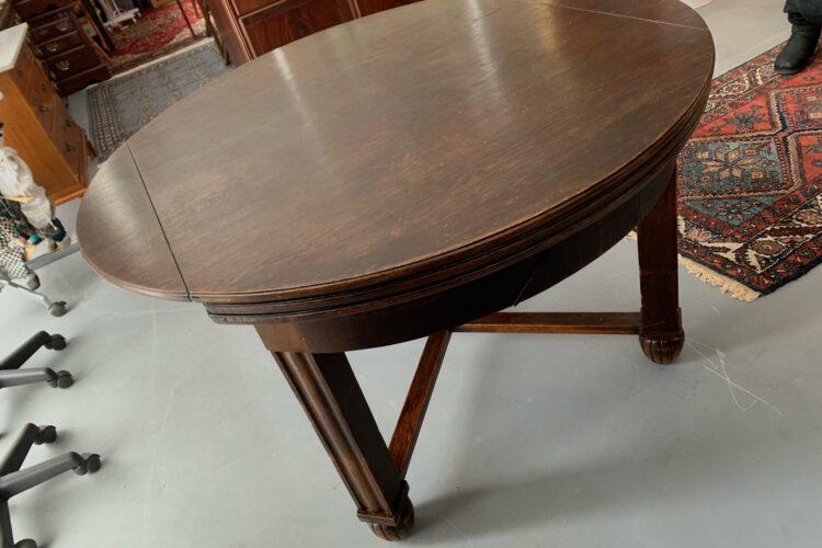 Jídelní rozkládací stůl č.9205