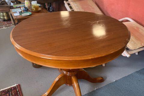 Stůl + 5 židlí